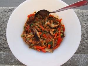 Mushroom, pepper and pea curry